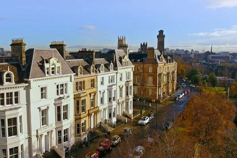 3 bedroom apartment to rent - Park Terrace, Flat 3, Park, Glasgow, G3 6BY