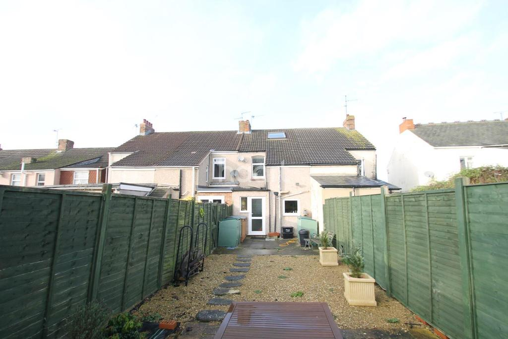 2 Bedrooms Terraced House for sale in Stratton Road