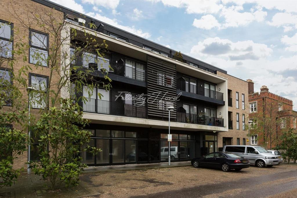 1 Bedroom Flat for sale in Kitchener House, Royal Military Academy, SE18