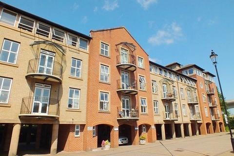 2 bedroom flat to rent - Ocean Village