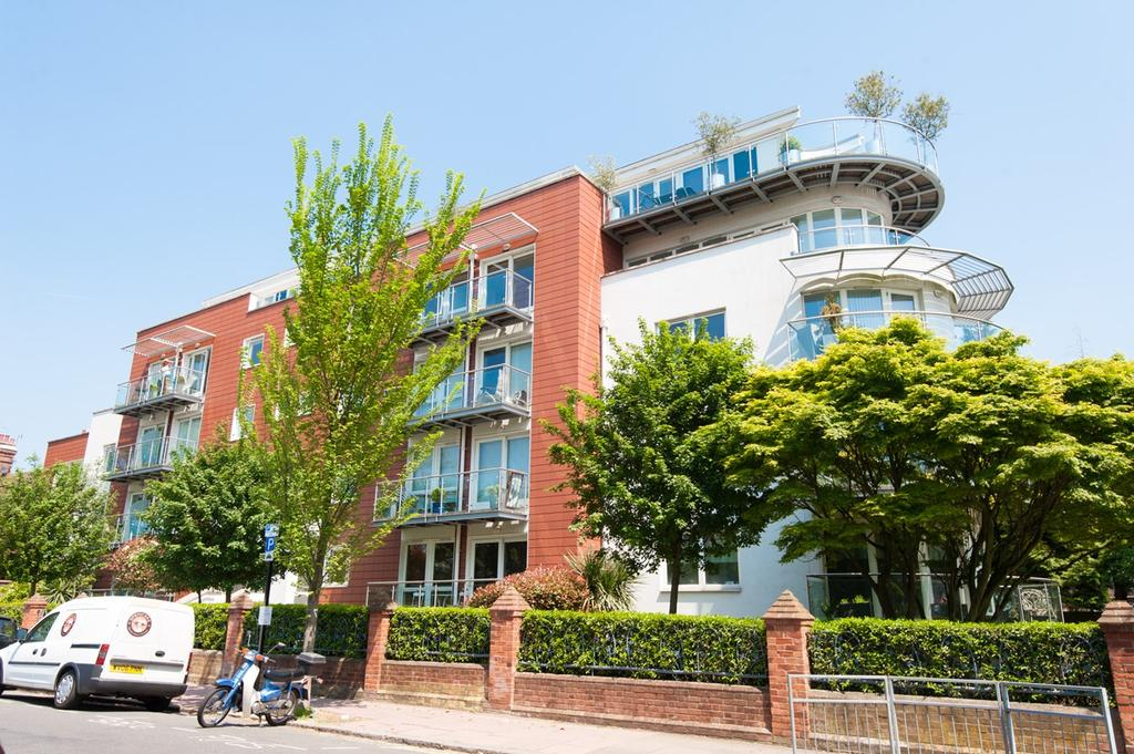 2 Bedrooms Apartment Flat for sale in Preston Mansions, Preston Park Avenue, BRIGHTON, BN1