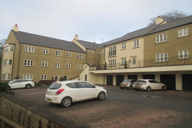 2 Bedrooms Apartment Flat for sale in Cavendish Apartments, Cavendish Road, Matlock, DE4