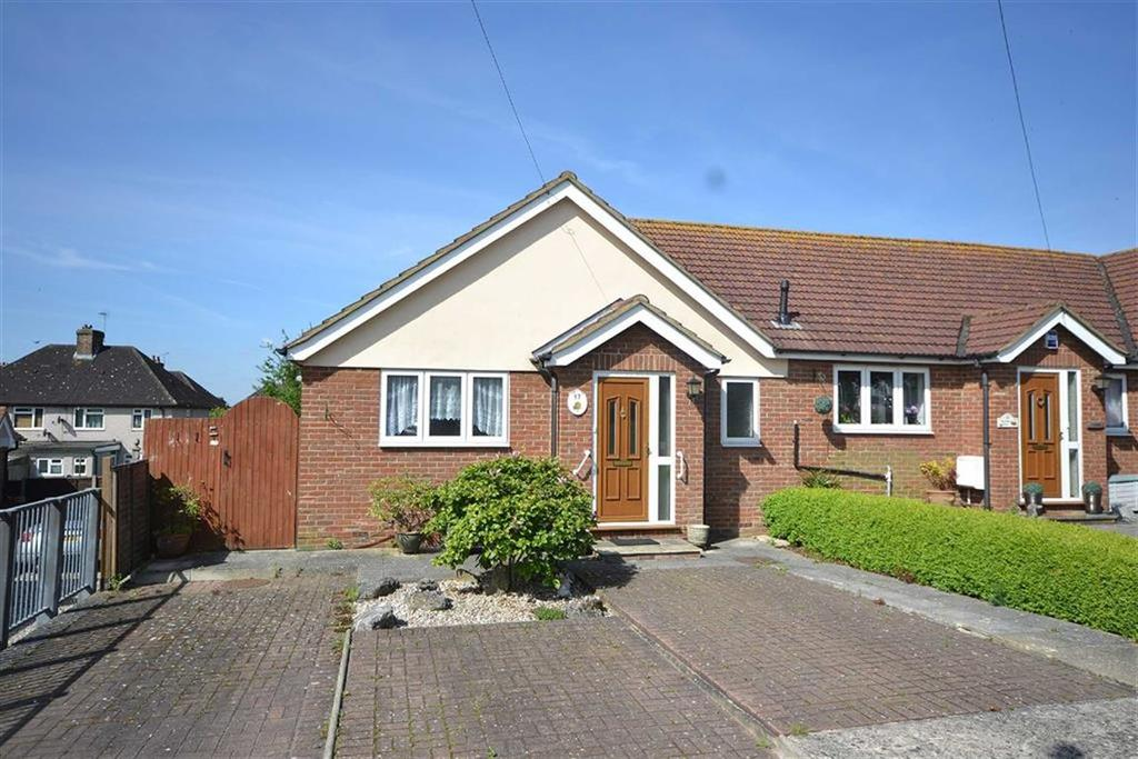 1 Bedroom Semi Detached Bungalow for sale in Margaret Close, Epping, Essex, CM16