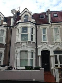 1 bedroom apartment to rent - Lausanne Road, London, N8