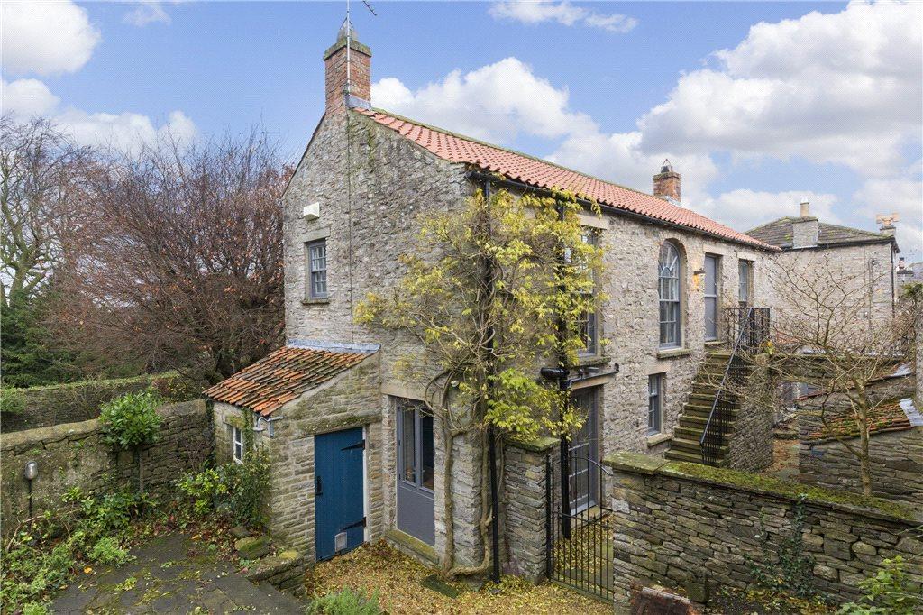 2 Bedrooms Unique Property for sale in Hammonds House, Kirkgate, Middleham, Leyburn