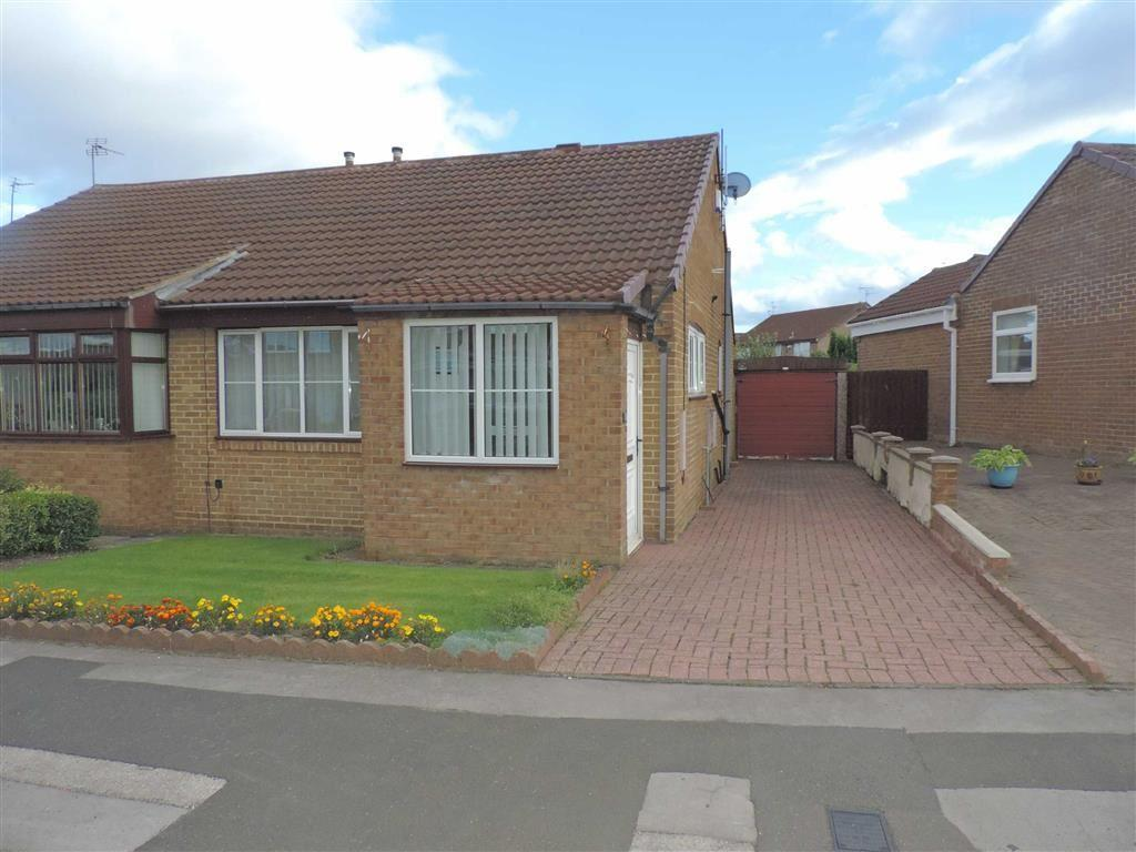 2 Bedrooms Semi Detached Bungalow for sale in Sherburn Way, Gateshead, Tyne And Wear