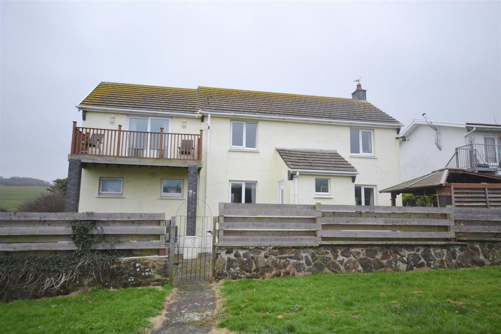 4 Bedrooms Detached House for sale in Broad Haven