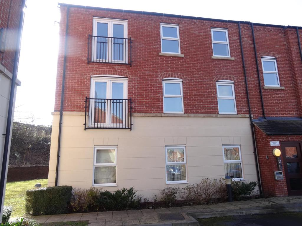 2 Bedrooms Apartment Flat for sale in Wilfred Owen Close, Shrewsbury
