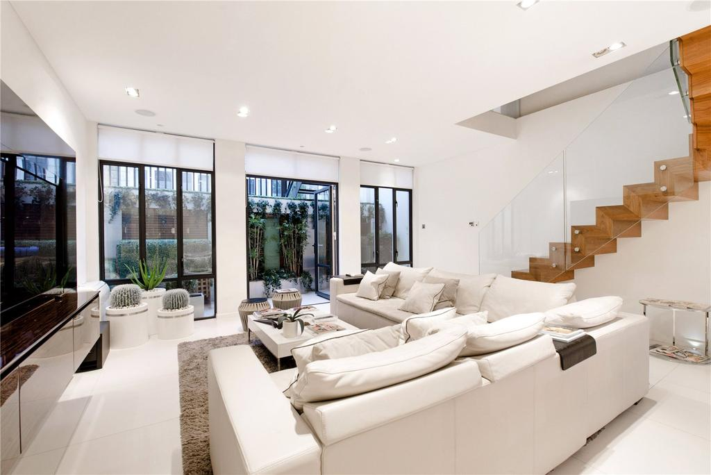 4 Bedrooms Mews House for sale in Craven Hill Mews, London