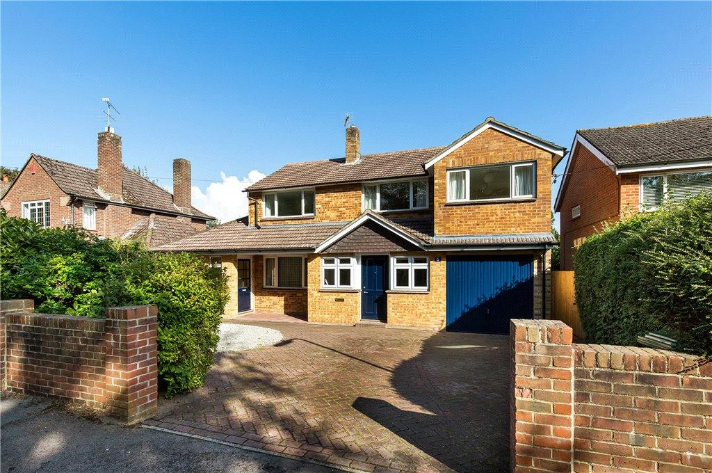 4 Bedrooms Detached House for sale in Godwin Close, Winchester, Hampshire, SO22