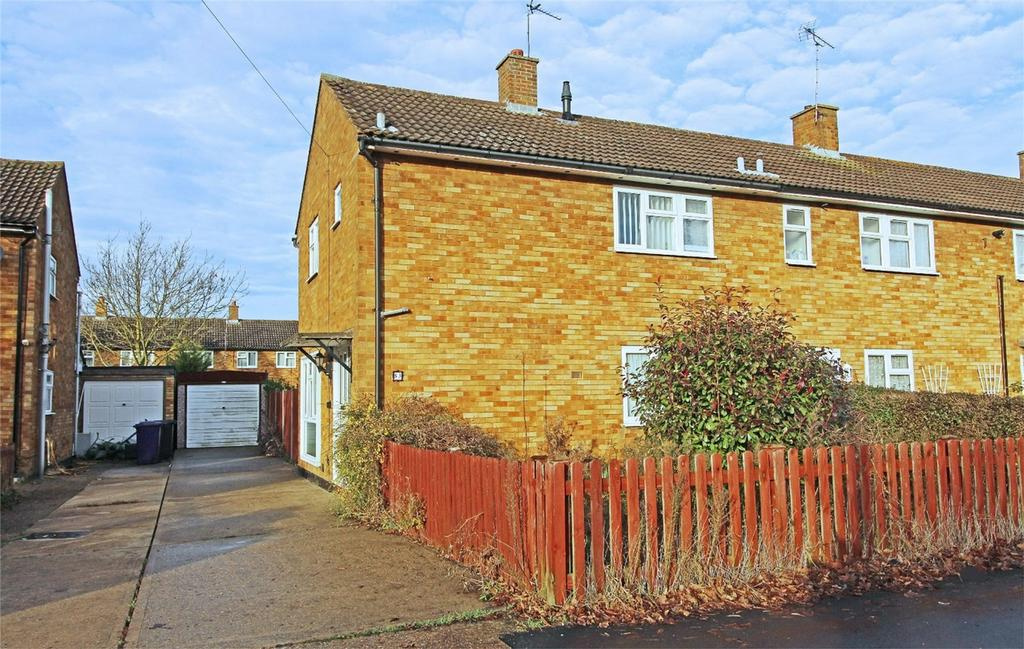 2 Bedrooms End Of Terrace House for sale in Danescroft, Letchworth Garden City, Hertfordshire