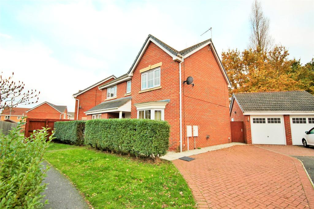4 Bedrooms Detached House for sale in Pompeii Court, North Hykeham, LN6