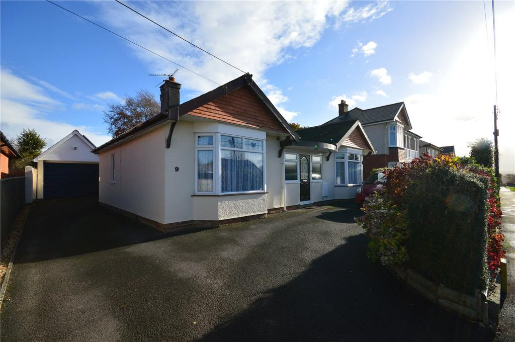 3 Bedrooms Bungalow for sale in Wraxhill Road, Yeovil, Somerset, BA20