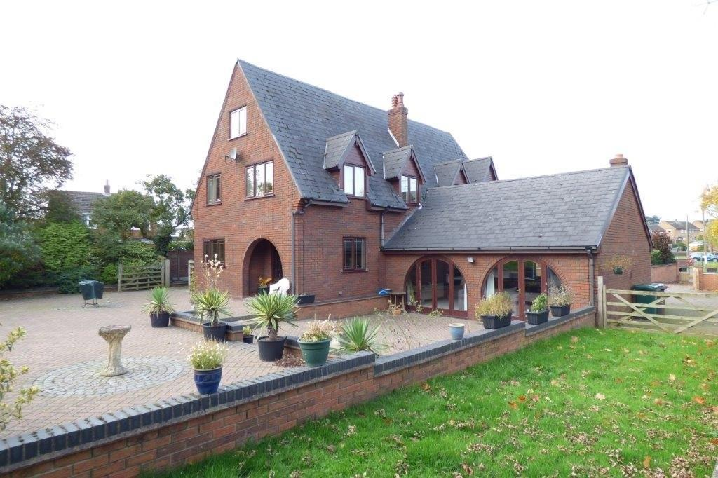 6 Bedrooms Detached House for sale in Coton In The Elms, Derbyshire