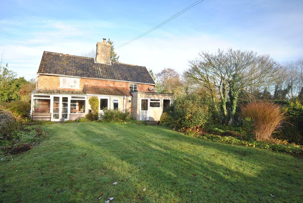 5 Bedrooms Detached House for sale in Weybread, Suffolk