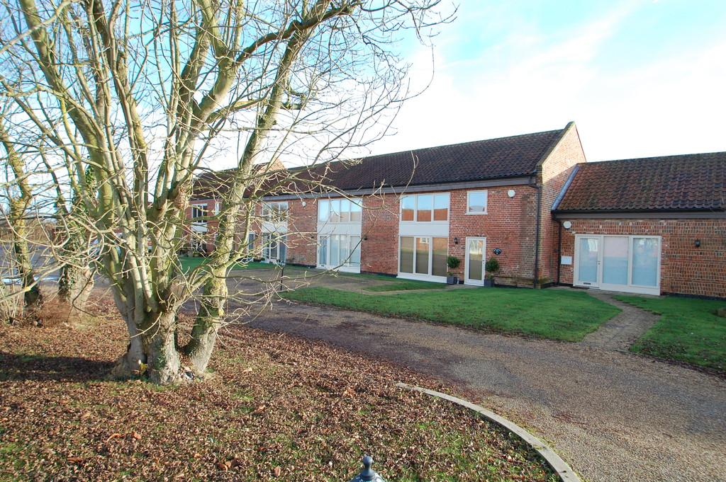 3 Bedrooms Barn Conversion Character Property for sale in Laurel Farm Barns, Tunstead