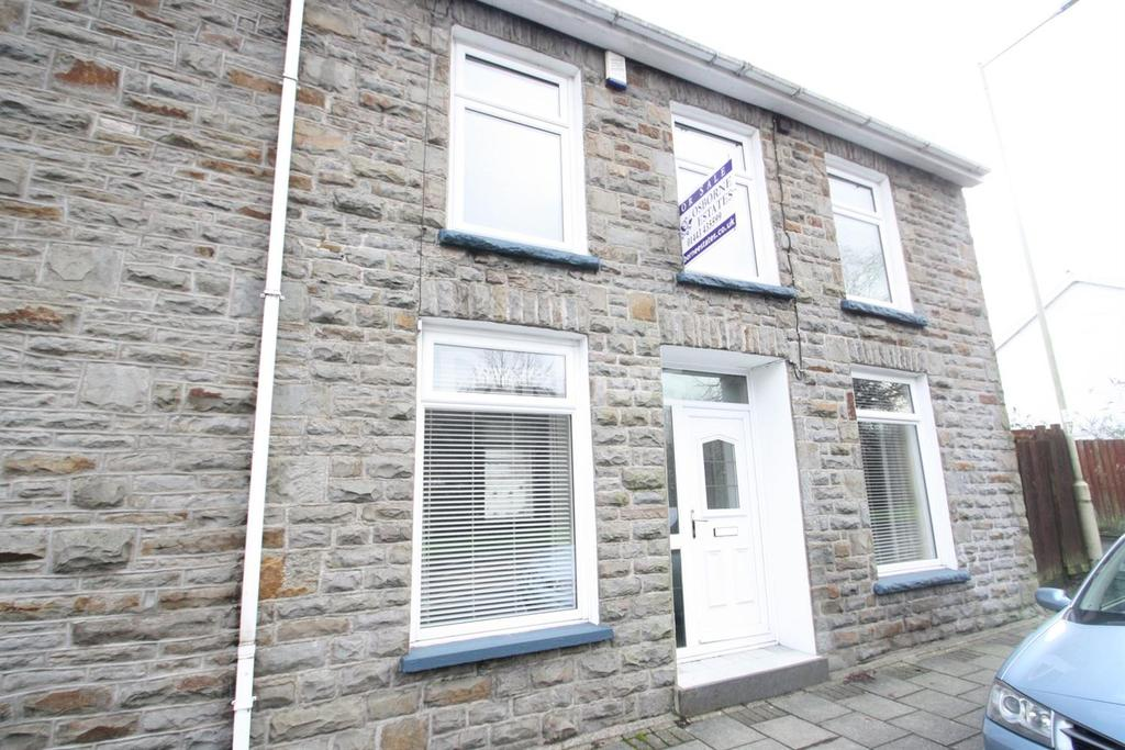 3 Bedrooms End Of Terrace House for sale in Ynyscynon Road, Tonypandy