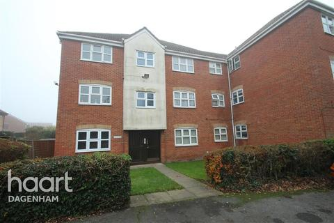 2 bedroom flat to rent - Webbscroft Road, Dagenham, RM10