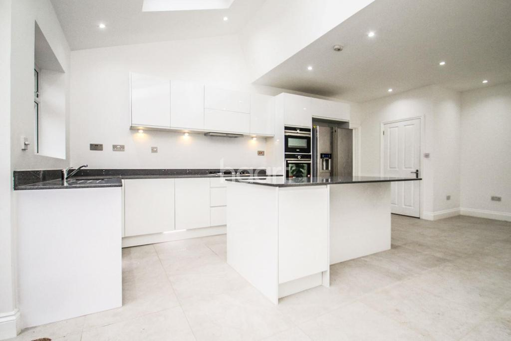 5 Bedrooms End Of Terrace House for sale in Love Lane, CR4