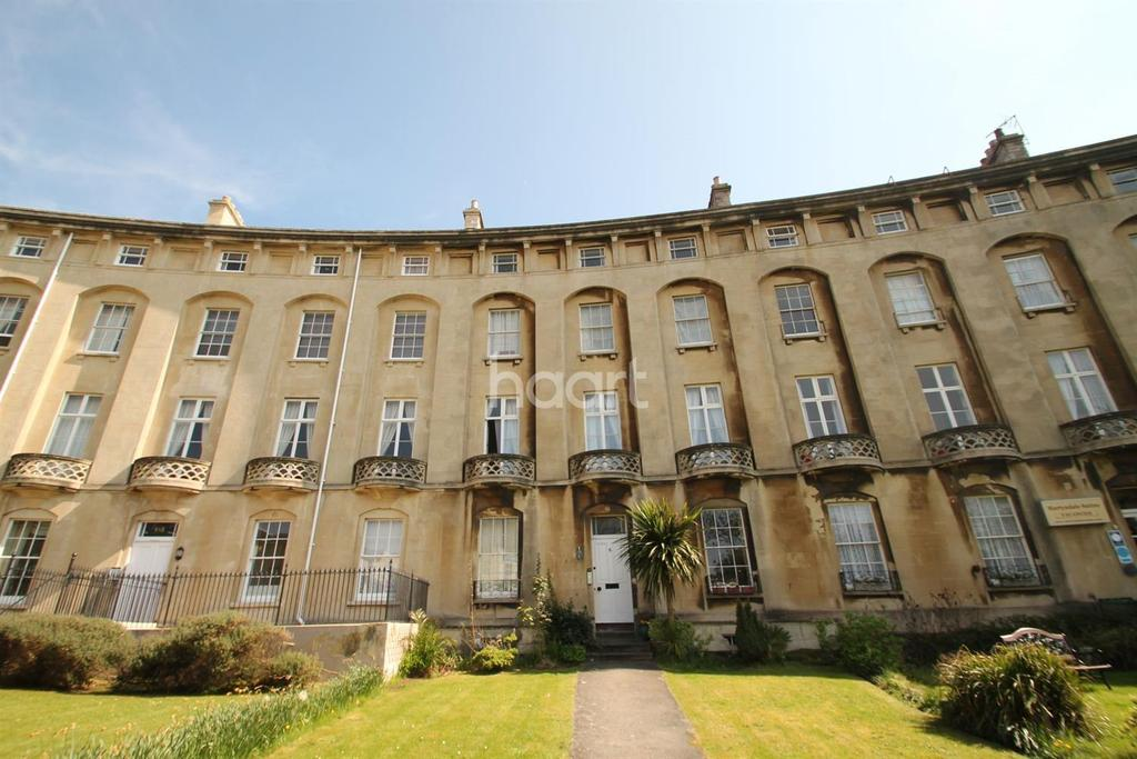 2 Bedrooms Flat for sale in Royal Crescent, Weston-super-Mare