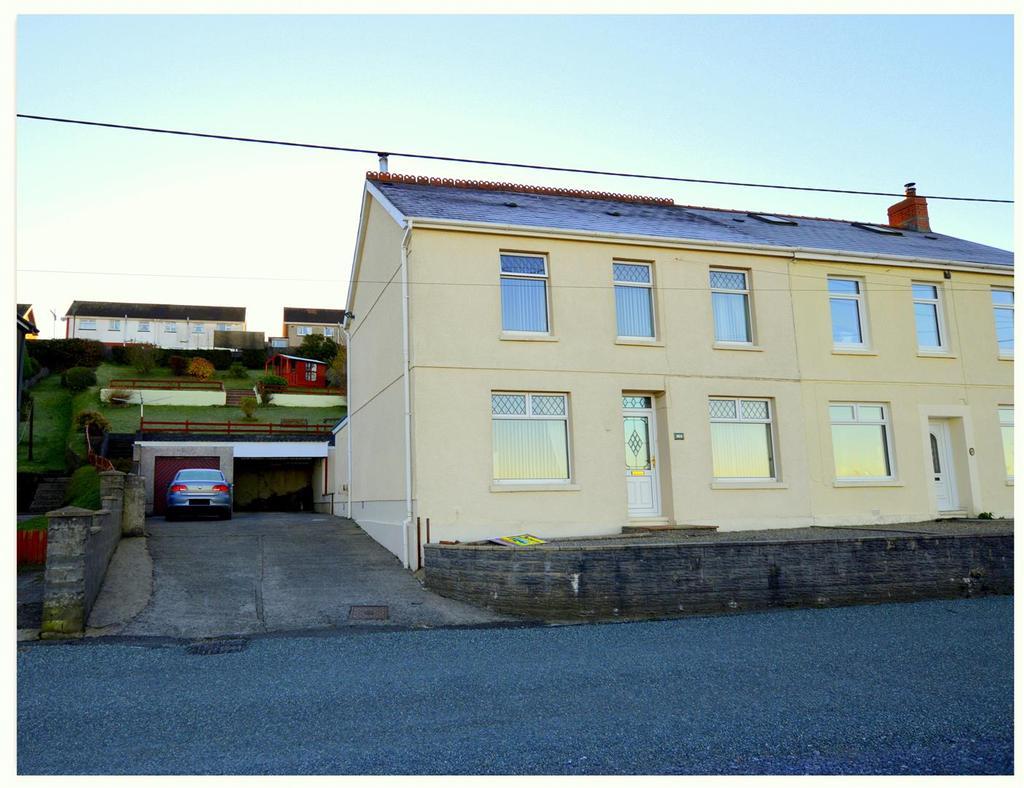 3 Bedrooms Semi Detached House for sale in Tyisha Road, Tumble, Llanelli