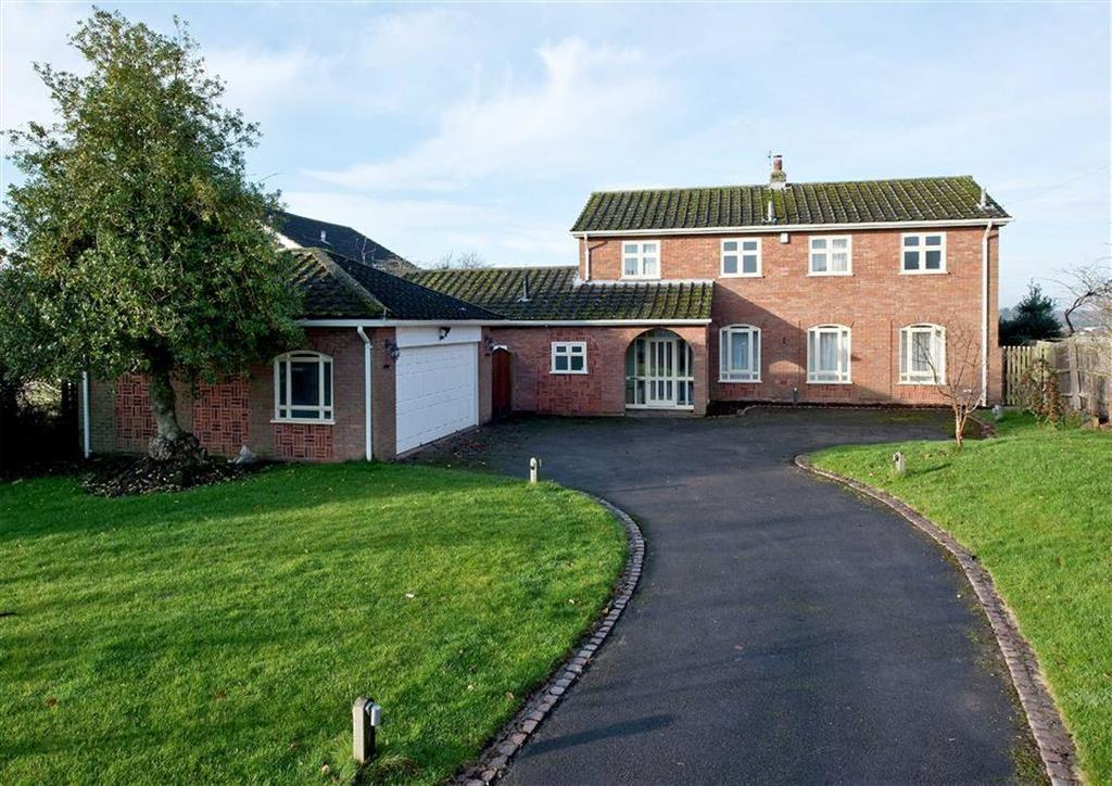 4 Bedrooms Detached House for sale in Belleterre, 46, Church Road, Codsall, Wolverhampton, South Staffordshire, WV8