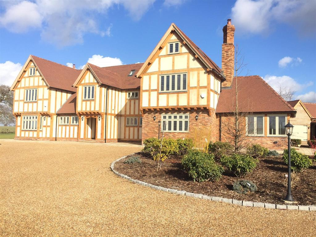 6 Bedrooms Detached House for sale in Drift Road, Winkfield, Windsor, Berks., SL4 4QQ