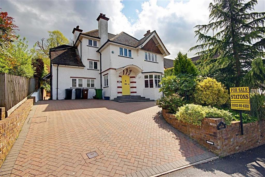5 Bedrooms Detached House for sale in Mornington Road, Radlett, Hertfordshire
