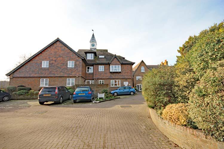 1 Bedroom Apartment Flat for sale in Church Lane, Lymington SO41