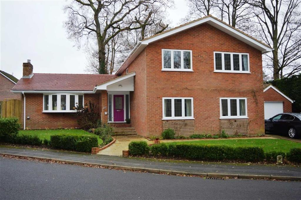 5 Bedrooms Detached House for sale in Lynwood Drive, Wimborne, Dorset