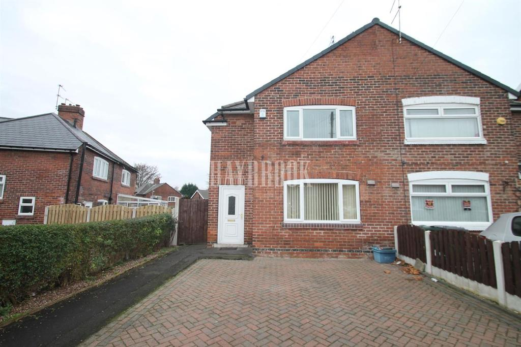 3 Bedrooms Semi Detached House for sale in East Road, East dene