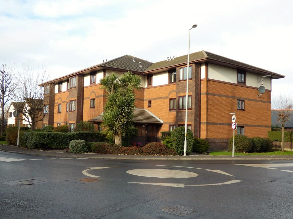 2 Bedrooms Apartment Flat for sale in Lawswood, Victoria Road East, Thornton Cleveleys