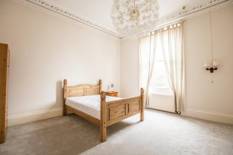 Property to rent - St. Georges Road, Cheltenham GL50 3EQ