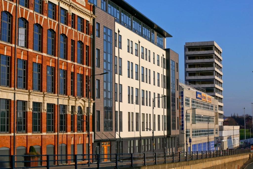 2 Bedrooms Penthouse Flat for sale in Tate House, 5-7 New York Road, Leeds, West Yorkshire, LS2