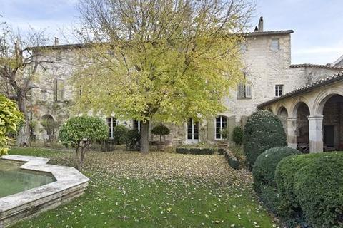 9 bedroom detached house  - Villeneuve Les Avignon, Les Alpilles, Provence