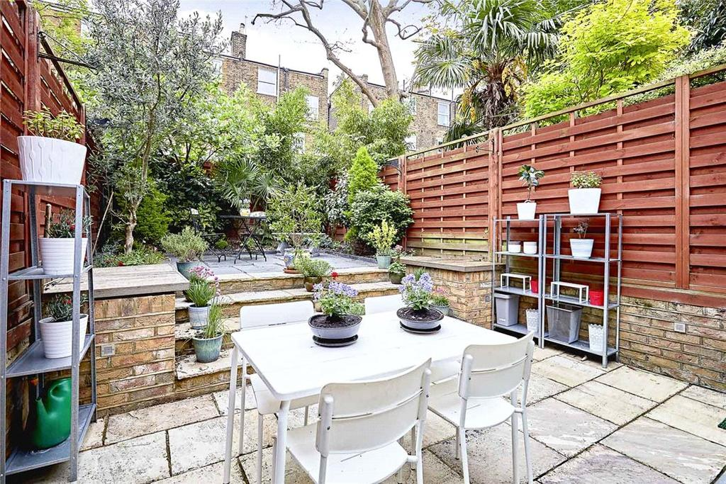 3 Bedrooms House for sale in St John's Hill Grove, Battersea, London, SW11