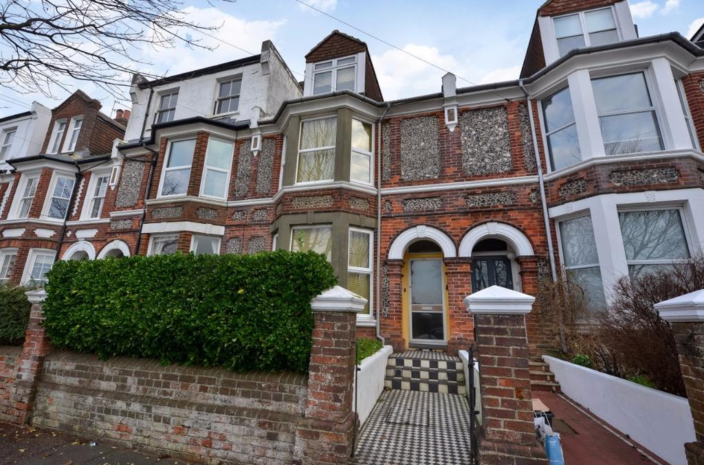 3 Bedrooms Terraced House for sale in Queens Park Terrace Brighton East Sussex BN2