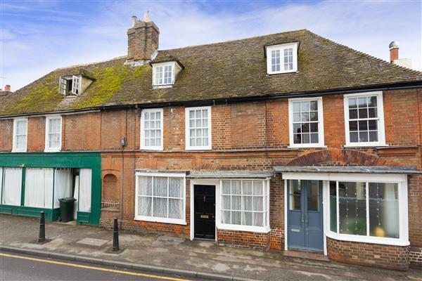 3 Bedrooms Terraced House for sale in The Street, Boughton-under-Blean