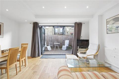 2 bedroom apartment to rent - Oaklands Grove, London, W12
