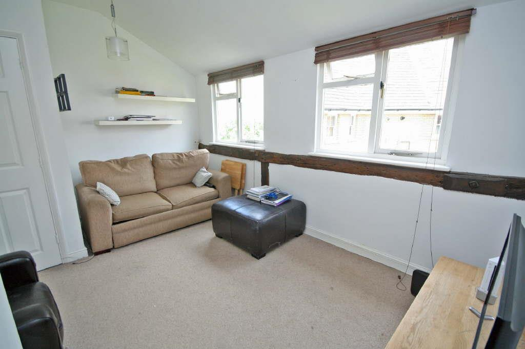 1 Bedroom Apartment Flat for sale in Priors Gate, Priory Street, Ware