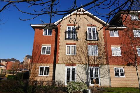 3 bedroom flat to rent - Morel Court, Windsor Quay