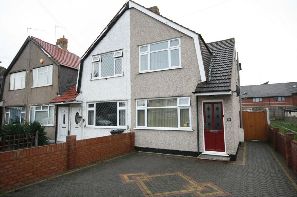 2 Bedrooms Semi Detached House for sale in East Road, Bedfont, Feltham, Middlesex