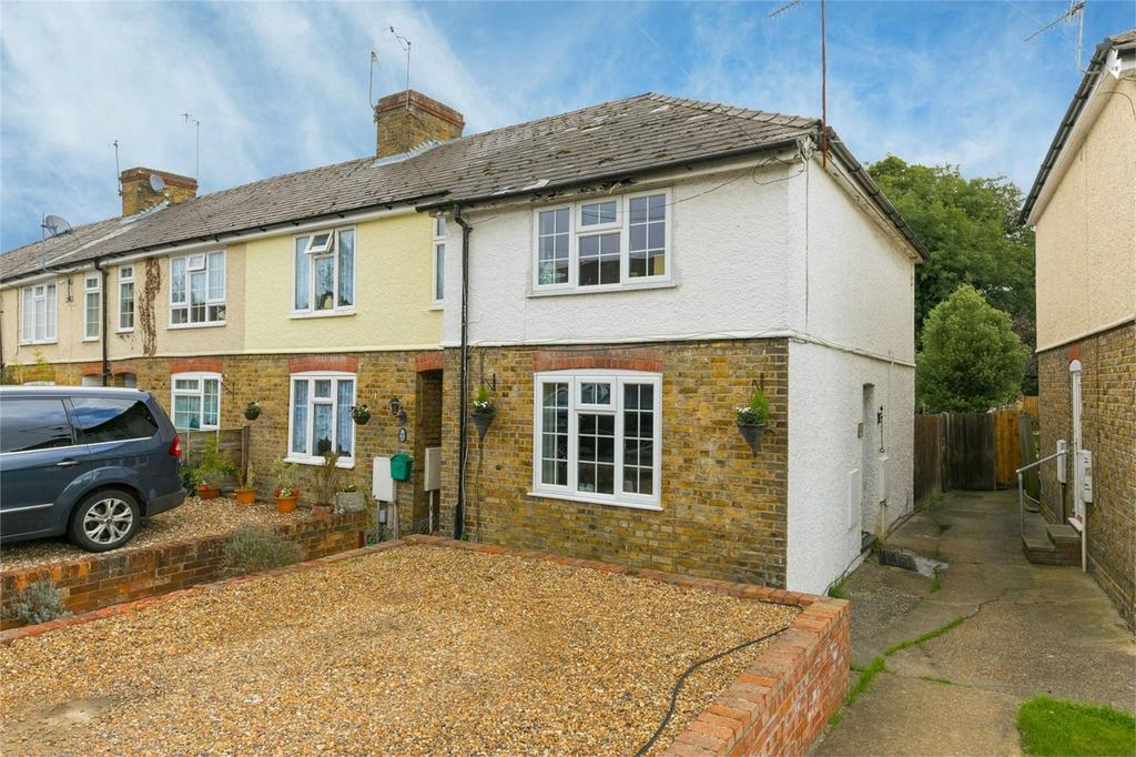 2 Bedrooms End Of Terrace House for sale in Waterside, Kings Langley, Hertfordshire