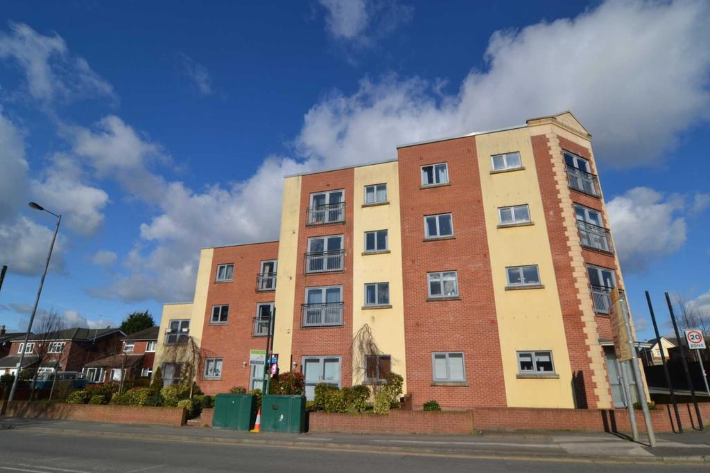 2 Bedrooms Apartment Flat for sale in White Cross Court, Newton Le Willows