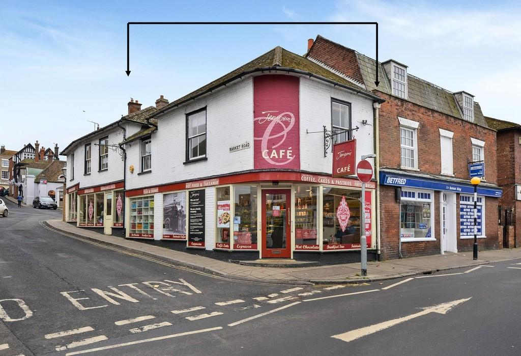 2 Bedrooms Apartment Flat for sale in Cinque Ports Street, Rye, East Sussex TN31 7AD