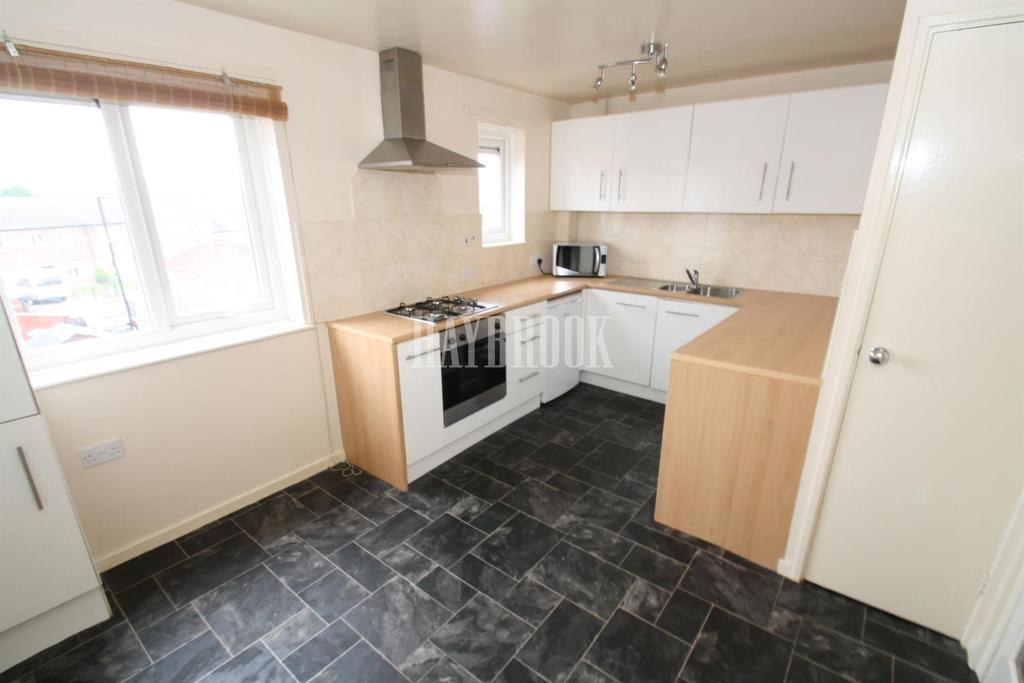2 Bedrooms Flat for sale in Raseby Place, Waterthorpe