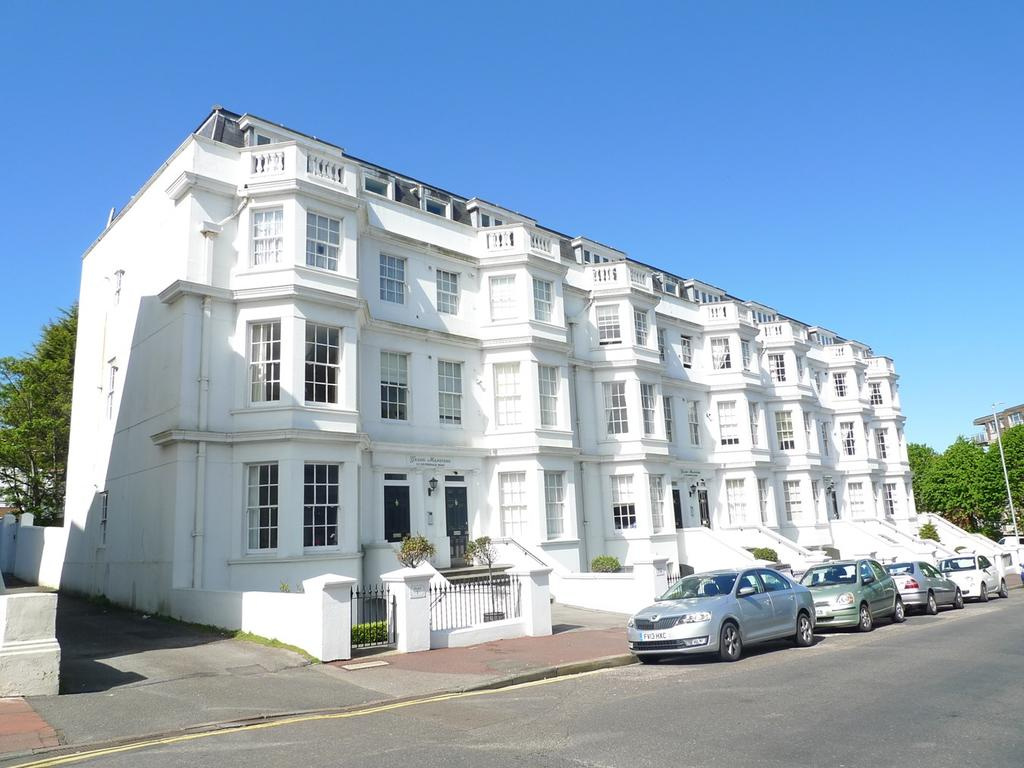 2 Bedrooms Apartment Flat for sale in 1-3 Silverdale Road, Eastbourne, BN20