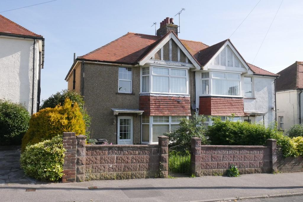 3 Bedrooms Semi Detached House for sale in Downs Avenue, Old Town, Eastbourne, BN20