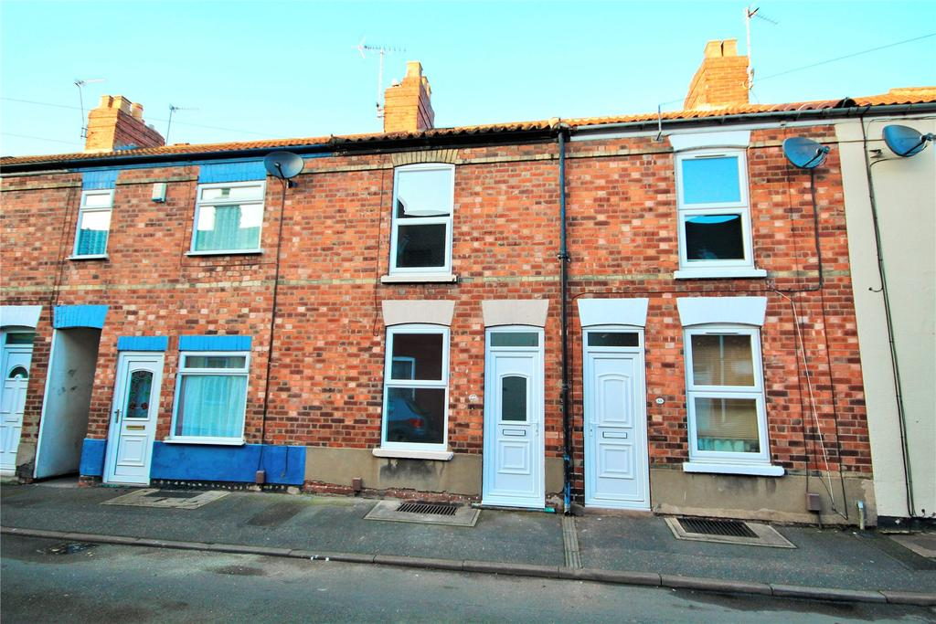 2 Bedrooms Terraced House for sale in Wilson Street, Lincoln, LN1