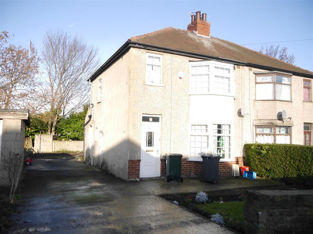 3 Bedrooms Semi Detached House for sale in Mayo Drive, Bradford, BD5 8JD